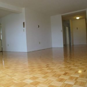 Country Club Towers Apartments For Rent in Clifton, NJ Livingroom